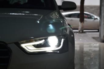 13款奥迪A4L车灯改装低配升级高配大灯总成