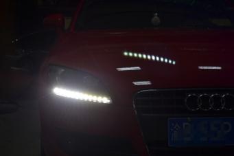 奥迪TT08款改装12款日行灯氙气灯升级