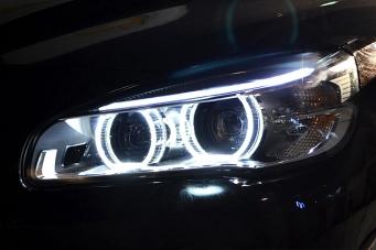宝马2系旅行版大灯总成宝马二系旅行版原厂LED大灯宝马2系旅行LED前大灯改装