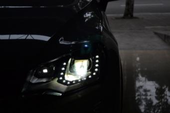 途锐车灯改装欧司朗45WCBI氙气灯套装