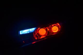 丰田卡罗拉车灯改装4双光透镜欧司朗氙气灯