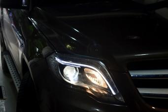 奔驰GLK大灯总成GLK智能大灯原厂高配LED大灯改装