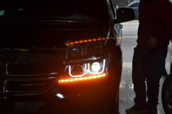 酷威车灯改装高配大灯总成
