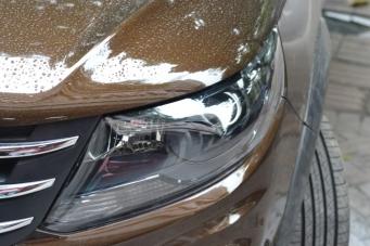 东风风景车灯改装Q5透镜汉雷氙气灯