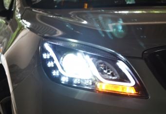别克英朗GT大灯总成英朗GT氙气大灯LED双U日行灯改装