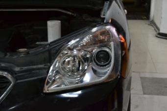 起亚新佳乐车灯改装透镜氙气灯
