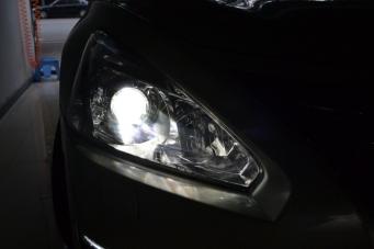 13款天籁车灯改装透镜氙气灯