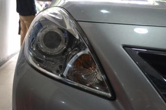 阳光车灯改装透镜氙气灯