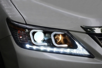 12款丰田凯美瑞氙气大灯总成凯美瑞改装双光透镜LED日行灯