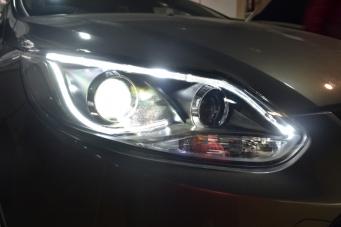 12福克斯光导大灯总成12福克斯氙气灯LED光导天使眼