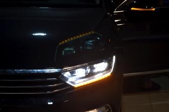 迈腾B8低配升级顶配随动LED大灯总成