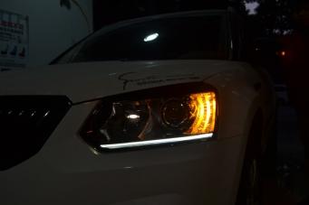 野帝车灯改装高配氙气灯总成LED光导日行灯