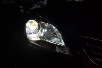 睿骋车灯改装透镜氙气灯