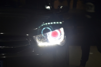 爱丽舍车灯改装天使眼恶魔眼海拉5透镜欧司朗氙气灯