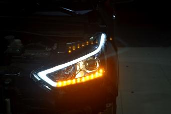 IX25大灯总成氙气灯总成LED日行灯转向灯车灯改装