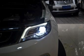 重庆吉利博越车灯改装高配LED大灯总成