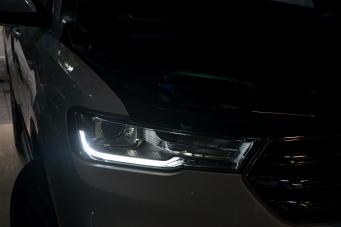 18款哈弗H6车灯改装改灯透镜